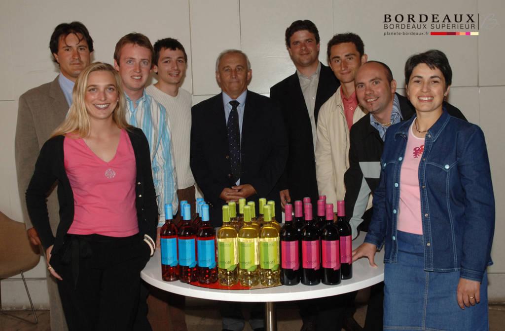 La commission Jeunes en 2005 avec le projet e-motif